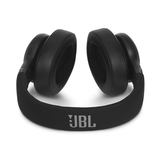 JBL E55BT - Black - Wireless over-ear headphones - Detailshot 3