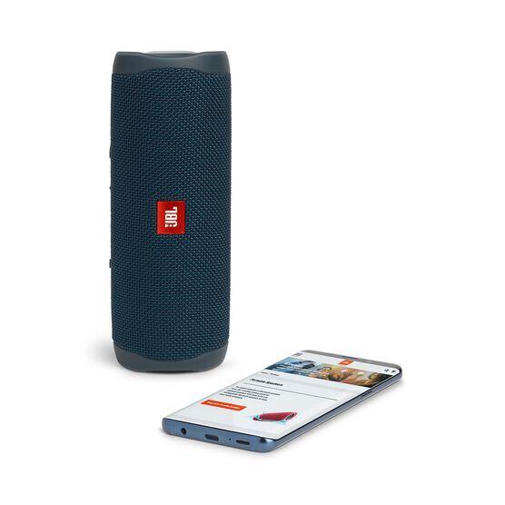 JBL FLIP 5 - Blue - Portable Waterproof Speaker - Detailshot 2