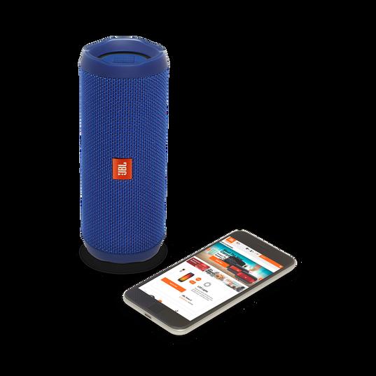 JBL Flip 4 - Blue - A full-featured waterproof portable Bluetooth speaker with surprisingly powerful sound. - Detailshot 2