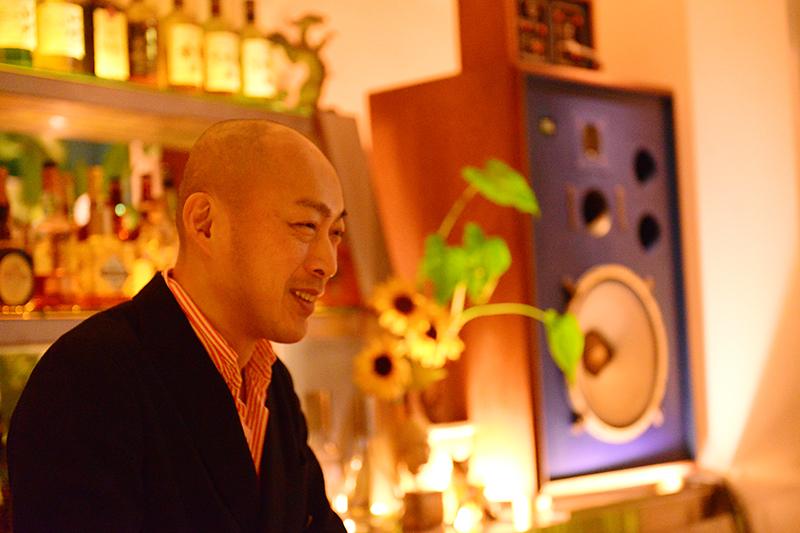 JBLが聴ける店・兵庫・神戸 バー・ゴスペル 03