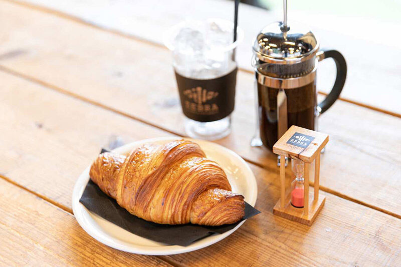 JBLが聴ける店・ZEBRA Coffee & Croissant07