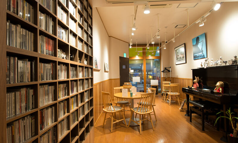 JBLが聴ける店・仲町台・TOMMY'S BY THE PARK03