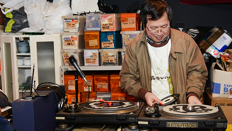 JBLが聴ける店・四谷三丁目・BLUE HEAT 08