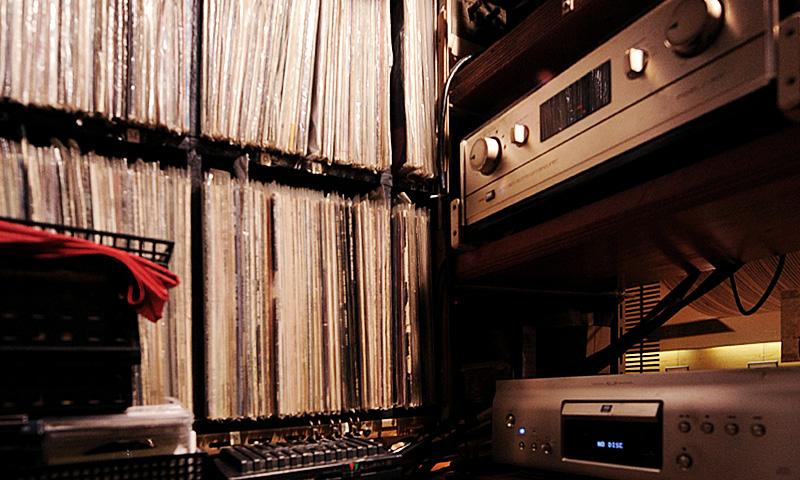 JBLが聴ける店・四谷いーぐる05
