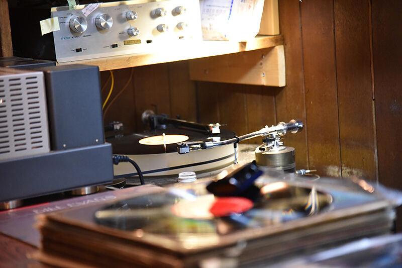 JBLが聴ける店・日暮里・MODERN JAZZ CHARMANT 06