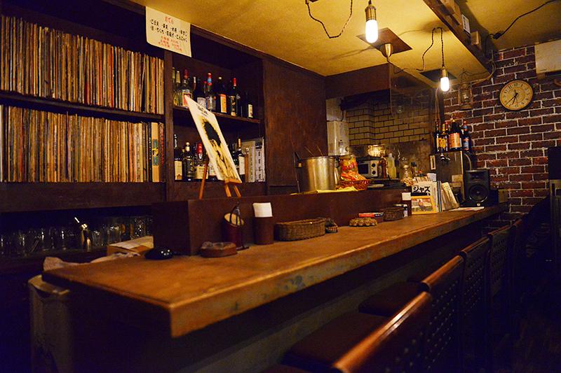 JBLが聴ける店・Bar菩南座06