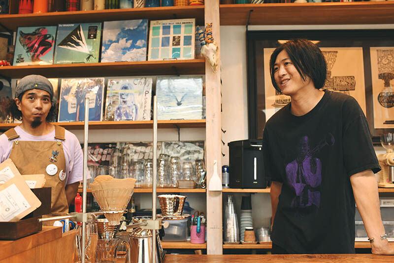 JBLが聴ける店・STEREO COFFEE07