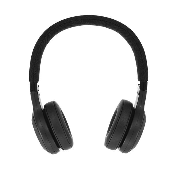 JBL E45BT - Black - Wireless on-ear headphones - Detailshot 15