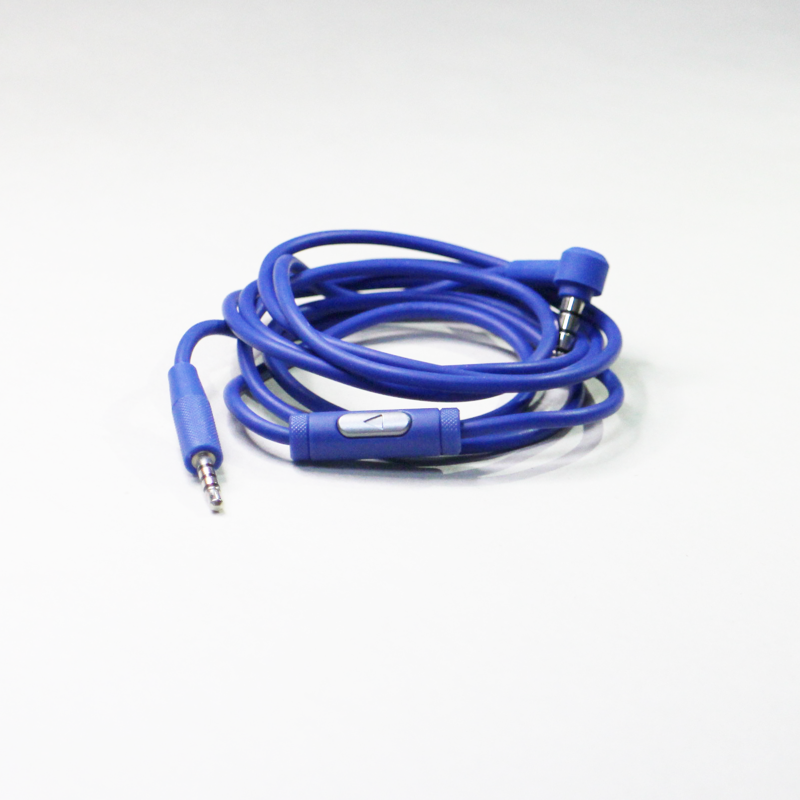JBL E30 Cable with remote controller for smartphone